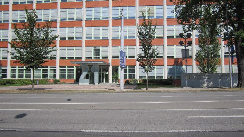 edificio 21 zlin